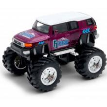 "Модель машины ""Toyota FJ Cruiser Big Wheel Monster"", Welly"