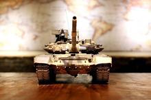 Радиоуправляемый танк T90 Pro Russia 1:16 RTR 2.4GHz, вид спереди, Heng Long 3938-1PRO