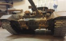 Радиоуправляемый танк T90 Pro Russia 1:16 RTR 2.4GHz, вид спереди-снизу, Heng Long 3938-1PRO