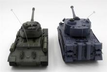 """Радиоуправляемый танковый бой ZEGAN """"Русский Т34"""" и """"Немецкий Tiger"""" 1:28 2.4GHz, инфракрасный, вид сзади, ZEGAN ZEG-99824-RU"""