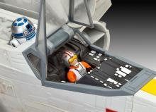 """Сборная модель истребителя крестокрыла """"X-wing Fighter"""" из Звёздных воин (Star Wars), кабина пилота, Revell (Ревелл) 6690"""